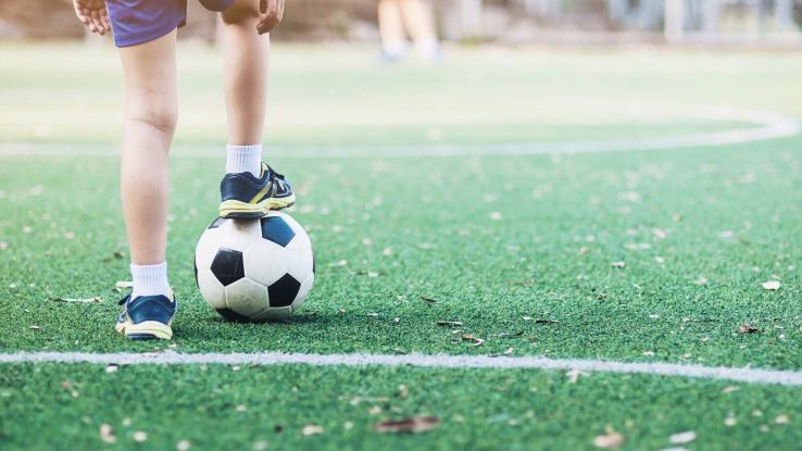Compañeros dieron brutal golpiza a menor por perder un penal en un partido de fútbol