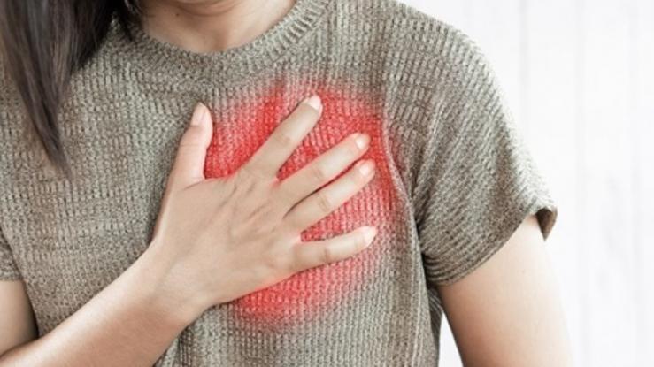 El infarto en mujeres es distinto al de los hombres: conoce sus síntomas